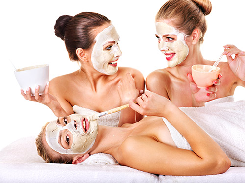 Избавляемся от морщин на лице и вокруг глаз при помощи маски на основе сметаны