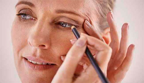 Осваиваем приемы омолаживающего макияжа для тех, кому за 30-40 лет