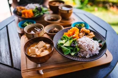 японский прием пищи