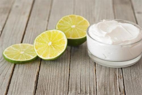 сметана и лимон