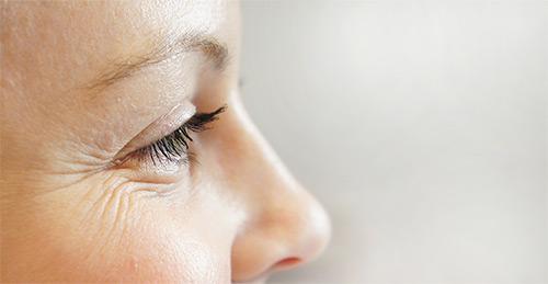 Как предотвратить появление морщин в зоне вокруг глаз после 25 лет. Гимнастика для лицевых мышц, рецепты самых популярных масок