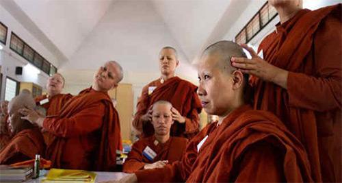 Тибетская омолаживающая гимнастика: суть и принципы выполнения основных упражнений для достижения максимального эффекта