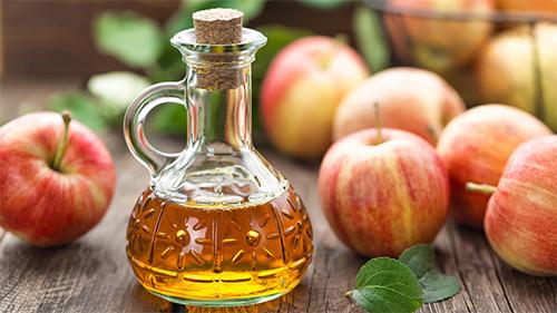 Как яблочный уксус может помочь в решении проблемы увядания кожи?
